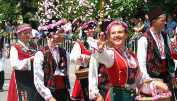 rose-festival-in-kazanlak-bulgaria